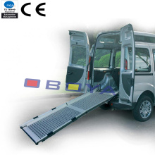 Accessoire auto, rampe d'accès pour véhicule en aluminium