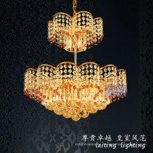 Araña de cristal de lujo moderna de oro para la decoración del hotel