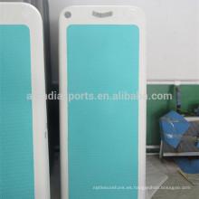 Nueva estera flotante del gimnasio del diseño con la estera inflable de la yoga de la plataforma del cojín de cubierta