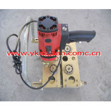 Roof panel electric seaming machine