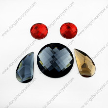 Pedras de vidro redondas lisas decorativas do corte da máquina para o vestido