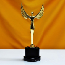 Oscar-Sport-Event Crystal Trophies Awards Kundenspezifische Logo Words Champions Cup Trophy