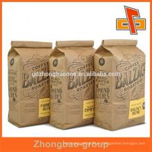 Sacos de café de papel kraft marrón de costado con impresión personalizada