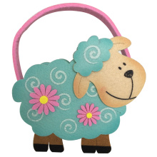 Easter candy gift bag with sheep shape