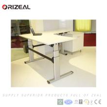 A nova mobília de escritório comercial da tecnologia 2018 senta a mesa ereta ajustável da altura ajustável elétrica do elevador do suporte com velocidade 40mm / s