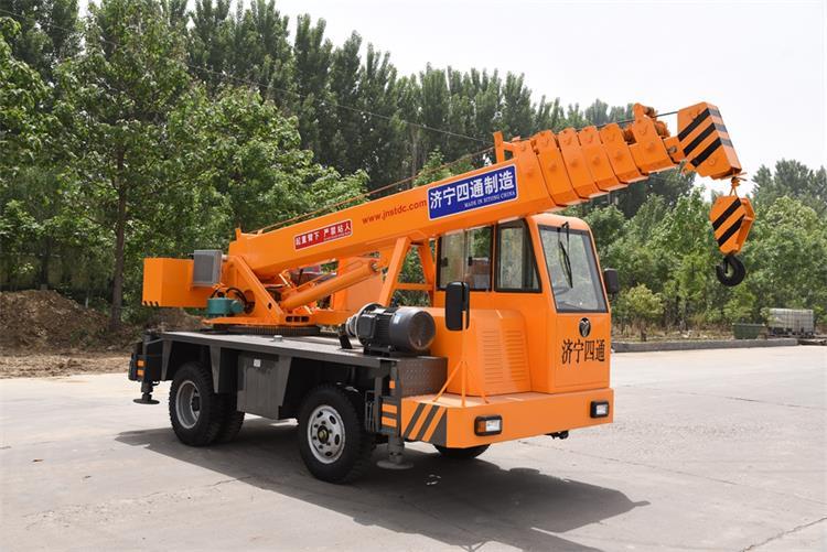 5 ton truck crane-1