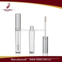 2015 Venta caliente plástico Mini tubo Lipgloss en cosmética