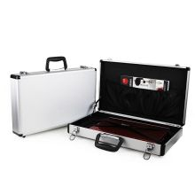 Tragbarer Aluminium-Aktenkoffer mit Taschen