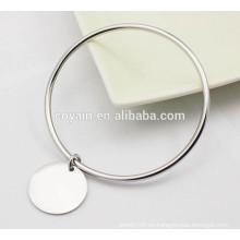Pulseras de plata de bronce pulidas brillantes del brazalete del encanto de la venta al por mayor al por mayor para las mujeres