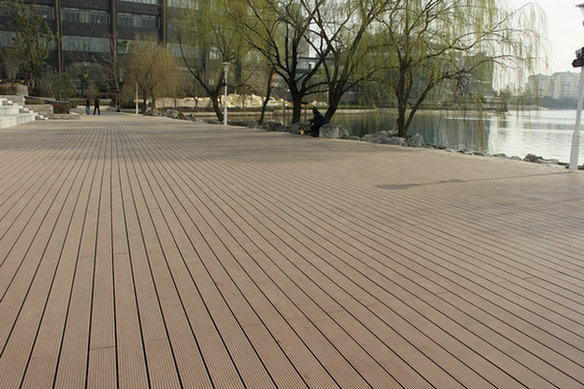 Adamas Deck is very strong and durable