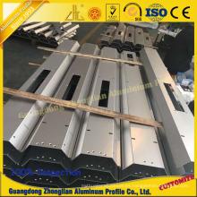 Perfil de aluminio para la fabricación de cuerpo de tren de alta velocidad