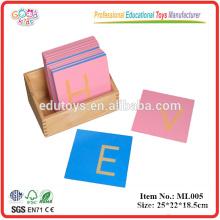 Alfabeto de cartas de papel de lixa Montessori, Capa maiúscula, com caixa de alfabetos de madeira