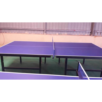 Table de tennis de table pliante simple