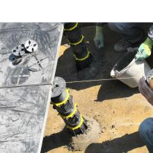 Construction screw jack raised for floor