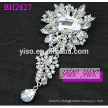 charm decorative crystal brooch