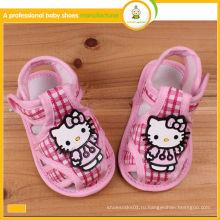 2015 новый дизайн горячей продажи hello kitty детские ткани сандалии