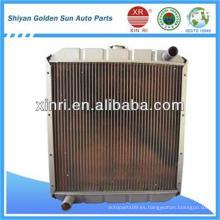 Radiador curvo de núcleo de cobre de alto rendimiento Steyr 0010