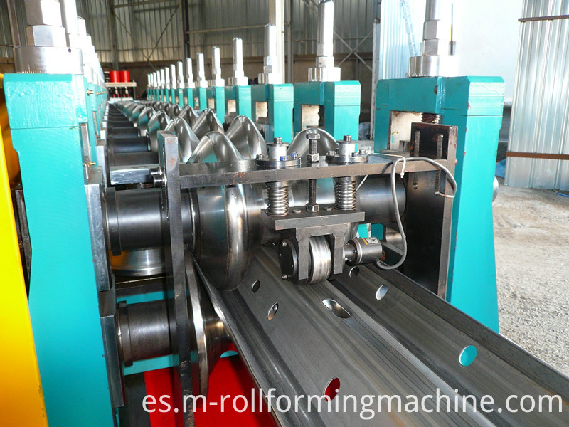 Expressway crash barrier 2 wave guardrail rolling forming machine