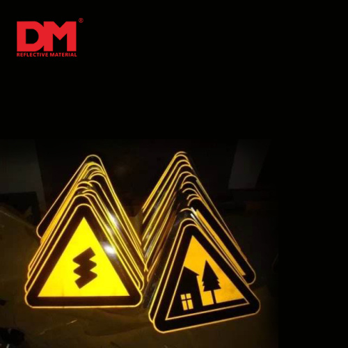 5 years Engineering Grade Reflective Sheeting Road Signs