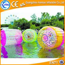 Los tanques de agua inflables gigantes por encargo, las pelotas inflables del agua, el rodillo inflable del agua