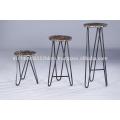 Industrial Vintage Distressed Wooden Top Set von 3 Bar Hocker