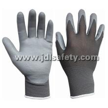 Нейлон трикотажные рабочие перчатки с вспененного нитрила покрытием перчатки (N1566)