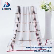 Serviette de bain promotionnelle de coton du Pakistan 100%, serviette de haute qualité d'hôtel faite en Chine