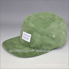 Chapéu de borda de camurça de 5 painéis