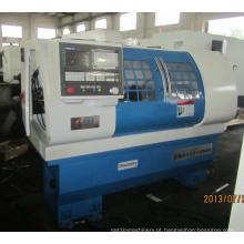 Máquina do torno do CNC da cama lisa Ck6132