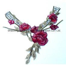 Motif de fleur en dentelle multicolore en fil de rayonne ou de polyester pour vêtements de femmes