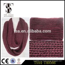 Bufanda gruesa de la bufanda del infinito del knit grueso del hilado bufandas al por mayor finas y respirables del regalo perfecto del invierno