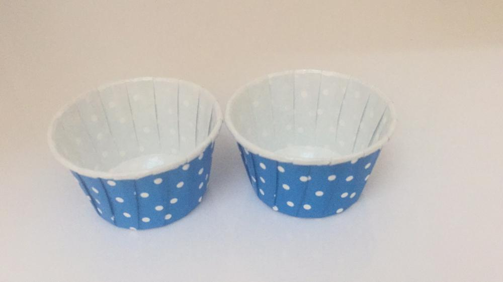 Cake Cup with Rolled Edge