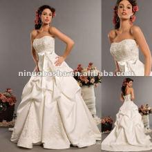 Schatzausschnitt aus Schulter Hochzeitskleid