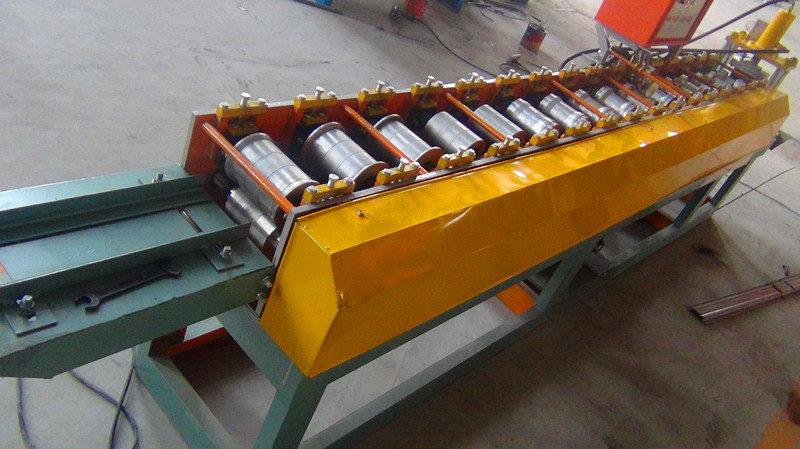 fance roll forming machine