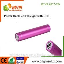 Preiswerteste Großhandelsaluminiummetall 1 * 18650 Batterie Fördernde beste mini USB, die Energienbank mit Taschenlampe auflädt