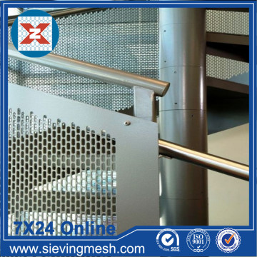 Panel Fasad Logam Perforated