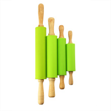 Kinder Design Silikon Nudelholz mit Holzgriffen