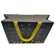 Papiereinkaufstasche mit faltbarem Boden