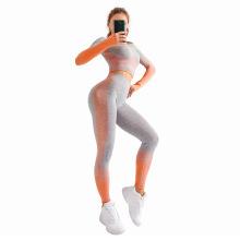 Conjunto de yoga sin costuras ropa de entrenamiento modesta