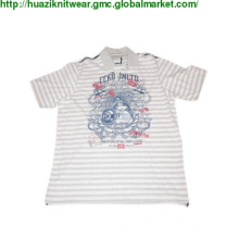 man\'s T-shirt