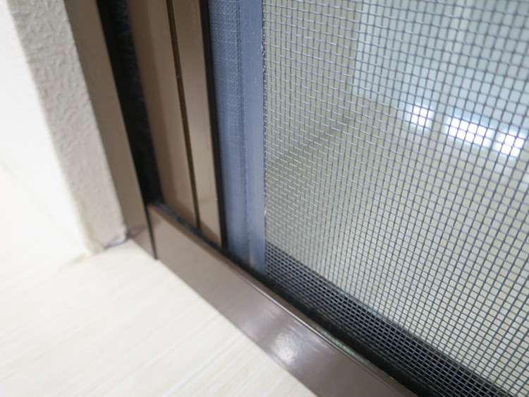 Rolling Fly Screen Door with Aluminum Track