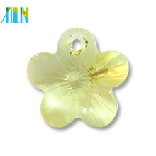 Wholesale crystal 14mm flower shape pendant for necklace accessories
