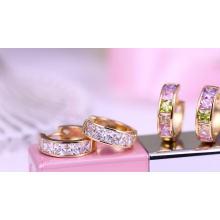 29255 Xuping Jewelry 18K chapado en oro moda Huggies pendiente para mujer