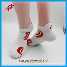 Индивидуальный дизайн логотипа Жаккардовые носки из полиэстера sproty mens