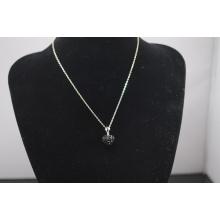 Collier Shamballa à bas prix en gros Forme cardiaque New Arrival Crystal Clay Shamballa avec collier en argent