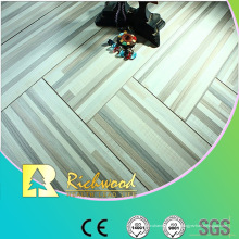 Le chêne de relief de ménage 12.3mm a ciré le plancher Lamiante bordé