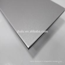 Placage en aluminium est utilisé pour la construction de rideaux, intérieurs, piliers et plafonds et autres lieux de matériaux décoratifs