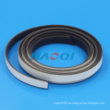 Imán fuerte de goma flexible suave de 12m m 15m m con el respaldo adhesivo