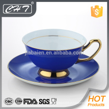 Porcelana copo de chá decorativo e pires