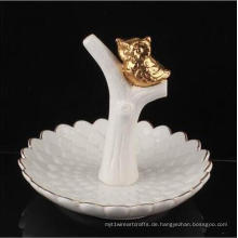 Dekorativer keramischer Servietten-Ring-Halter-nette Tiereule geformt